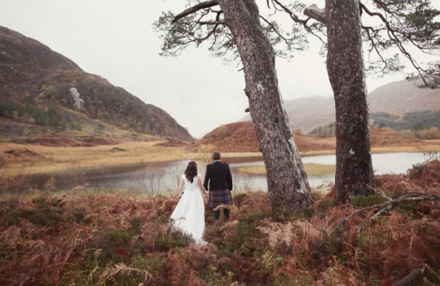 An-Exquisite-Winter-Humanist-Wedding-By-Glenfinnan-Loch-In-Scotland-With-An-Ian-Stuart-Dress-And-Tartan-Wedding-Theme-By-Craig-And-Eva-Sanders-Photography._0001